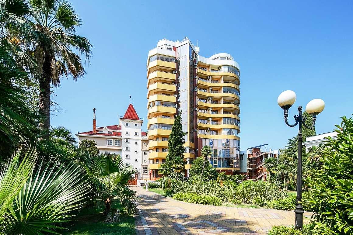 Недвижимость версаль квартира в испании у моря цена